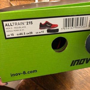 Mismatched size Inov8 AllTrain in Red